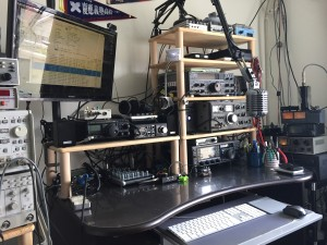右脳作業・左脳作業・無線通信、すべてココでやってますw
