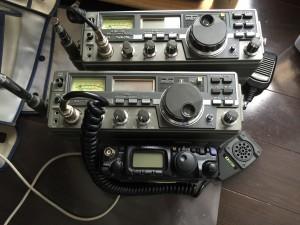 上から寄贈固体、修理依頼固体、サイズ比較用FT-817