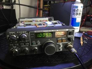 周波数ズレ調整で入場中のTR-9300