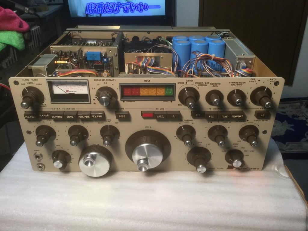 測定器の様な無線機(写真:オーナー様ご提供)