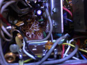 電界溶液漏れの為規定外のケミコンも交換
